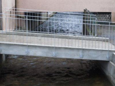 Fertigteil-Anliegerbrücke über den Gewerbekanal, Waldkirch